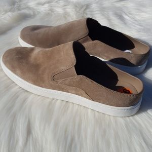 Vince | New Tan Leather Slip-on Sneakers Size 9.5